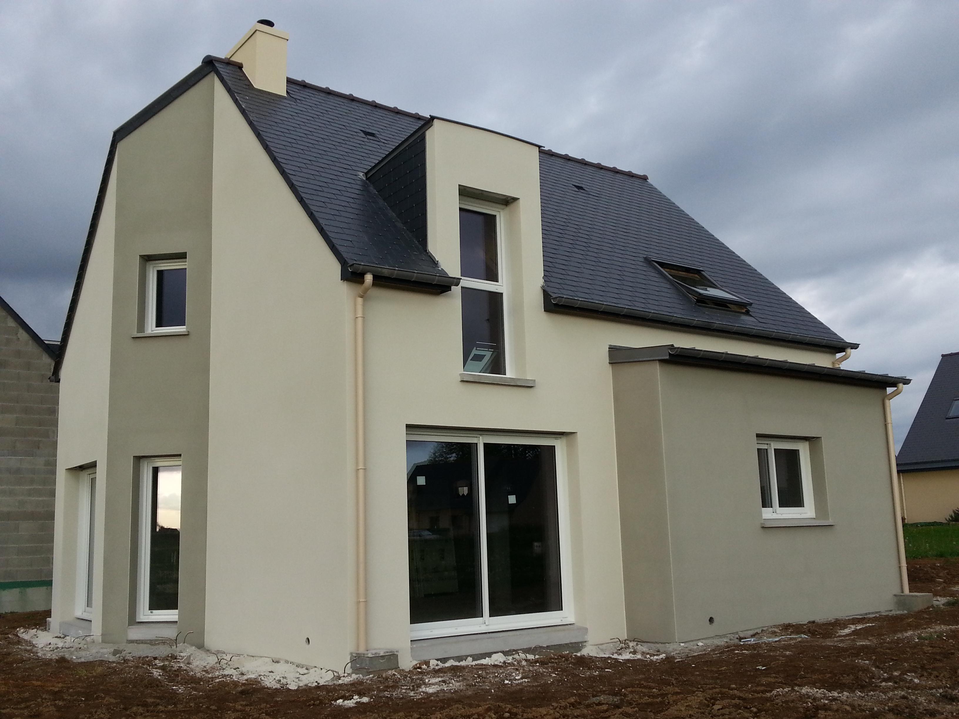 Maison moderne bretagne for Agrandissement maison rennes